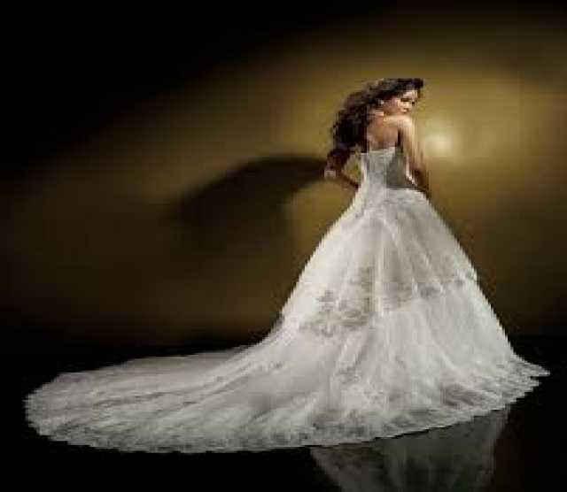 Продам Свадебное платье Benjamin Roberts 907