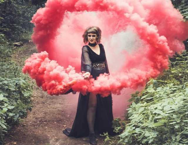 Продам Цветной дым, дымовые шашки