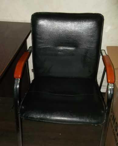 Продам Офисное кресло персонала.
