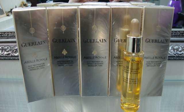 Продам Guerlain abeille royale масло для ухода