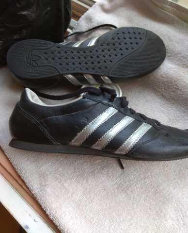 Продам Кроссовки Adidas Midi.Ru. Размер 38