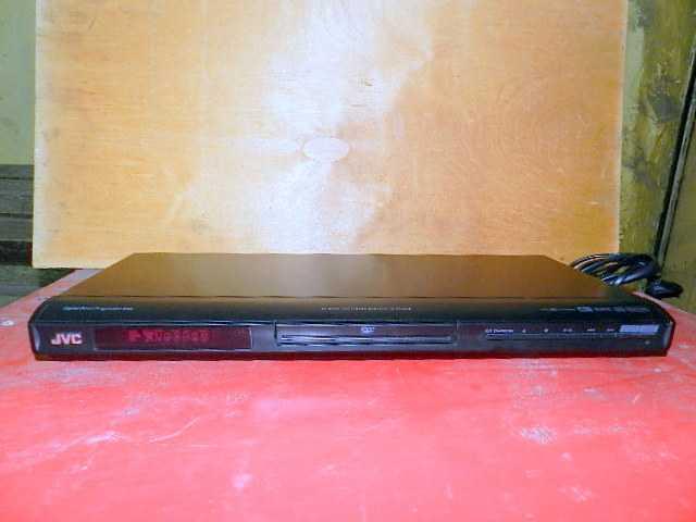Продам: Dvd плеер JVC- XV-N340B