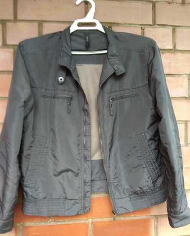 Продам Куртка Esprit. Размер 48-50.