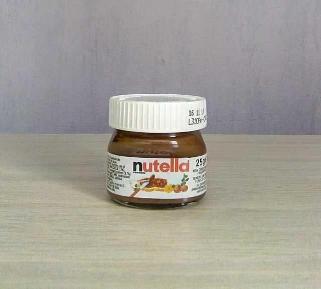 Продам Nutella шоколадная паста мини 25 г.