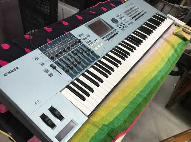 Продам Yamaha Motif Keyboard Xs7 76-key