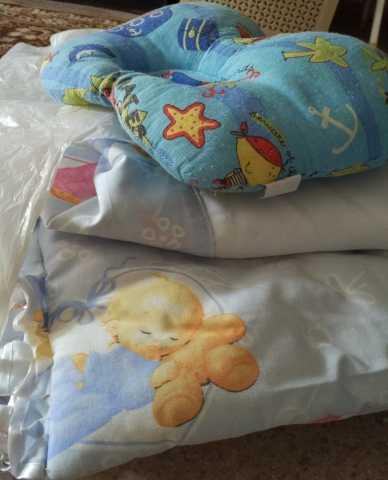 Продам Комплект для кроватки