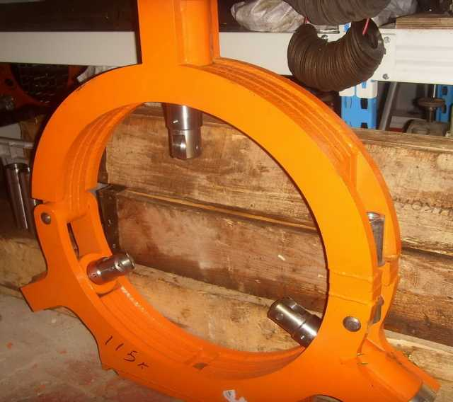 Продам Люнет 1м63 неподвижный 500 мм стальной