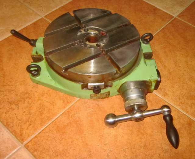 Продам Стол поворотный 7204-0003 фрезерный 250