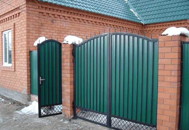 Продам Ворота распашные для дома