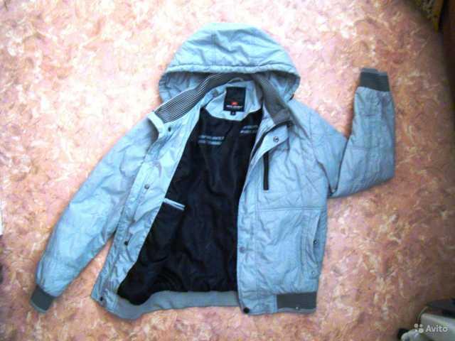Продам Куртка демисезонная для мальчика