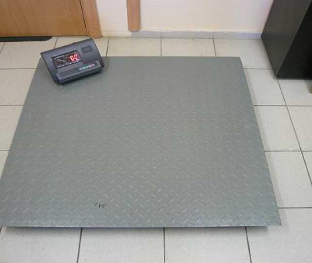 Продам Весы   ВЭТ-1-3000П-1С (1,2м * 1,2м)