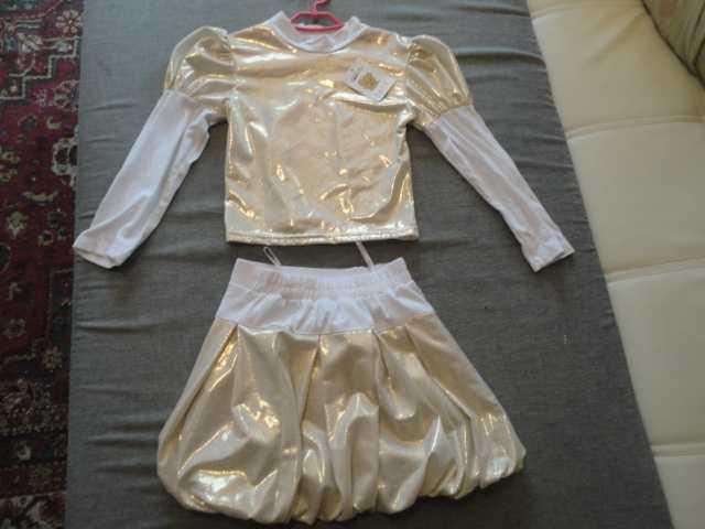 Продам Костюм (юбка+блузка) новый для девочки 2