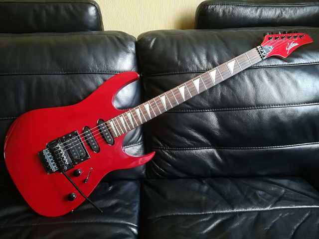 Продам Электро гитара StarSun