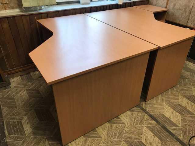 Продам Стол деревянный 100см х 140см (2 шт)