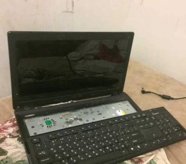 Куплю Ноутбук по запчастями