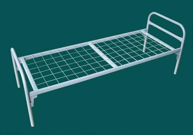 Продам Кровать с металлическим каркасом