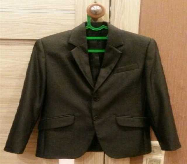 Продам Школьный пиджак. Рост 134-140, размер 32