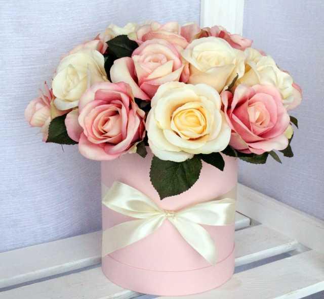 Продам Цветы в шляпной коробке