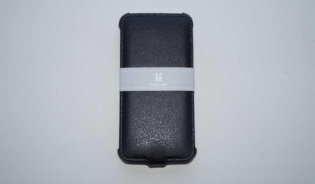 Продам Новый чехол на Philips W536 (черный)