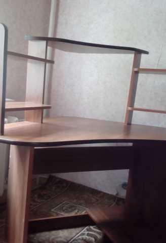 Продам Компьютерный стол угловой