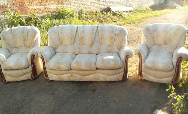 Продам продам мягкую мебель т 464221