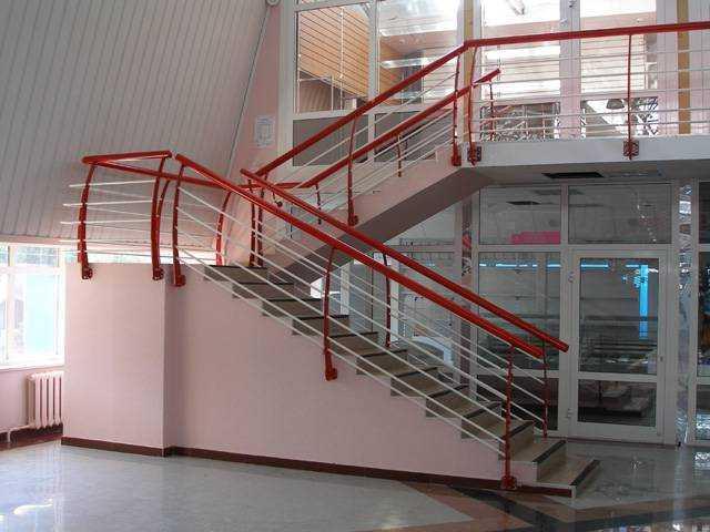 Продам: Лестничные ограждения металлоконструкции