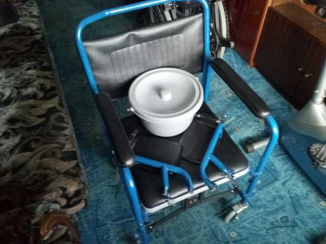 Продам Кресло-коляска санитарное
