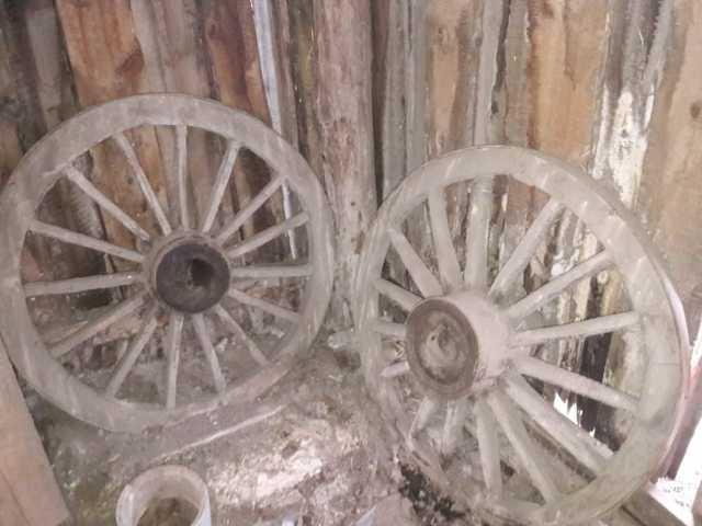 Продам Деревянные колеса