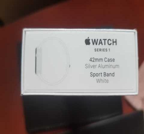 Продам Часы Apple Watch