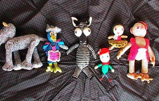 Продам игрушки детские, связанные из ниток
