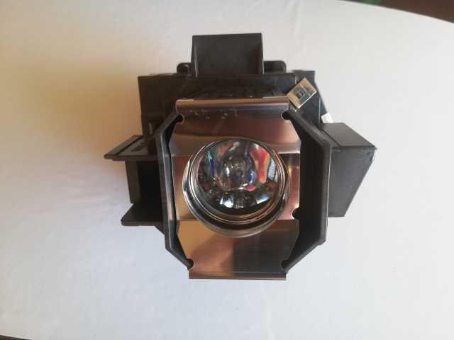 Продам Elplp39, V13H010L39 Лампа для проектора