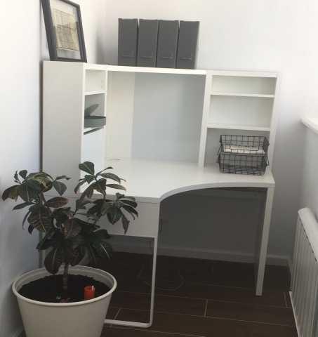 Продам Угловой компьютерный стол Икеа МИККЕ. Но