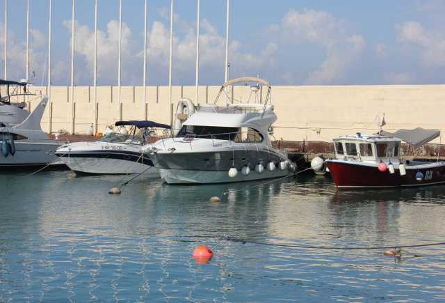 Продам Моторная яхта Beneteau Antares 42 (Франц