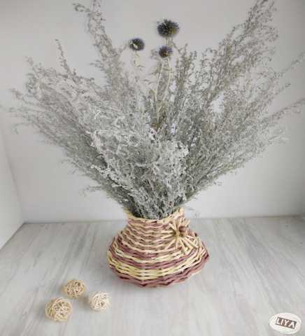 Продам: Плетеная ваза