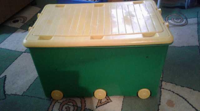 Отдам даром Ящик для игрушек