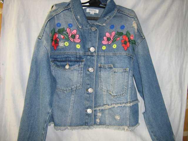 Продам Женская джинсовая куртка