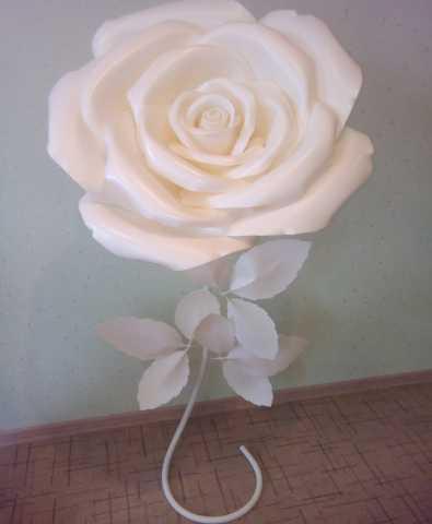 Продам Ростовые цветы из изолона