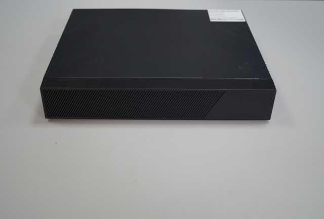 Продам 8-канальный сетевой IP- видеорегистратор