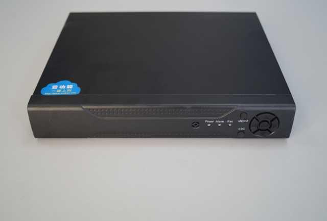 Продам Гибридный 8ми канальный видеорегистратор