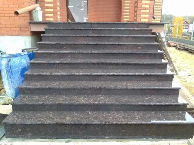Предложение: Лестницы ступени из мрамора и гранита.