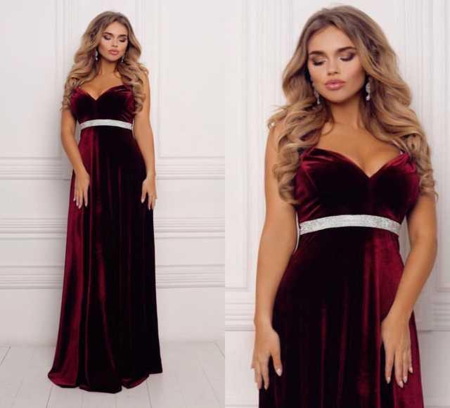 Продам: Шикарное бархатное платье