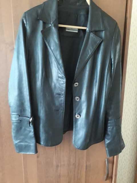 Продам Кожаный пиджак женский