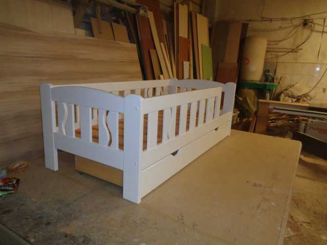 Продам Детские кровати из массива дерева