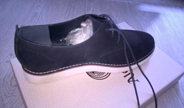 Предложение: Ботинки женские
