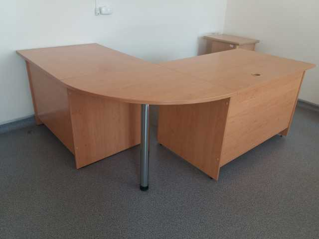 Продам Мебель офисная Компьютерные столы Б У