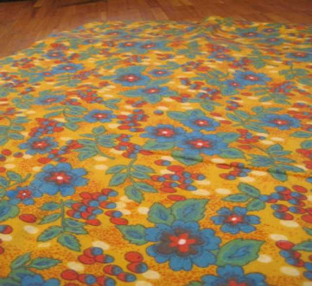 Продам: Отрез мягкой плотной ткани 80 х 300 см