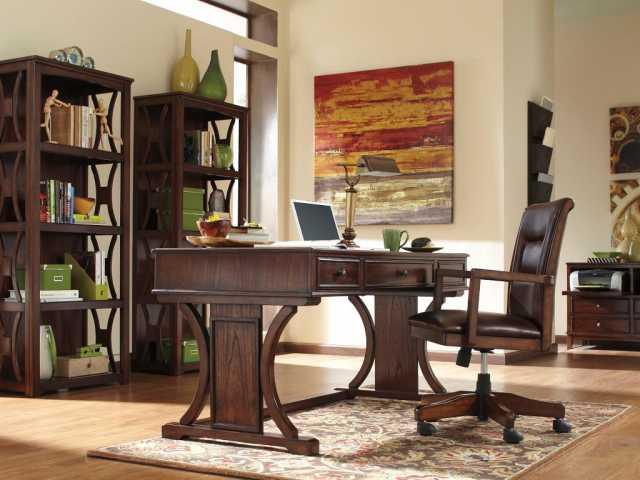 Продам Мебель из массива дерева для кабинета