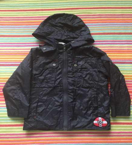 Продам Куртка - ветровка для мальчика, осень