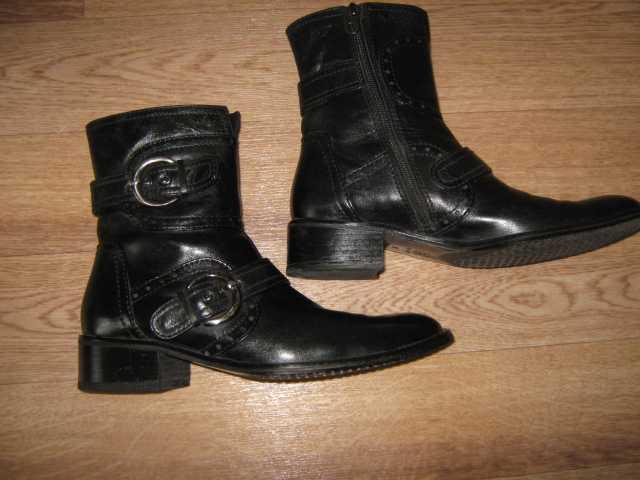Продам Пакет обуви. Всё натуральная кожа. Туфли