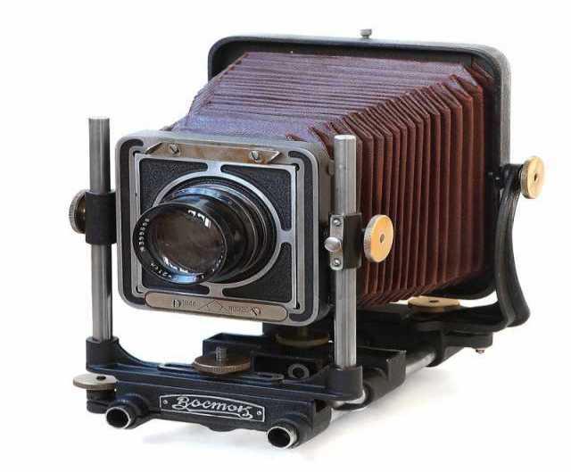 Куплю дорого фотоаппарат ВОСТОК и др.